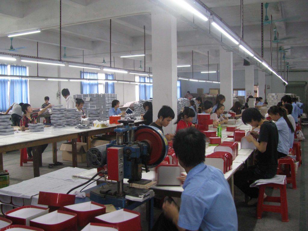จะต้องเตรียมและใช้เวลาเท่าไรในการสั่งซื้อเพื่อผลิตกล่องบรรจุภัณฑ์